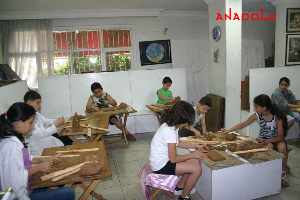 Çocuklara Yönelik Özel Heykel Kursları
