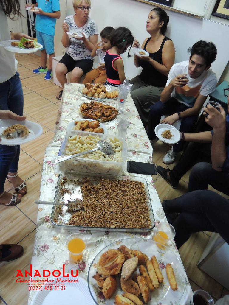 Güzel Sanatlar Öğrencilerle Yemek